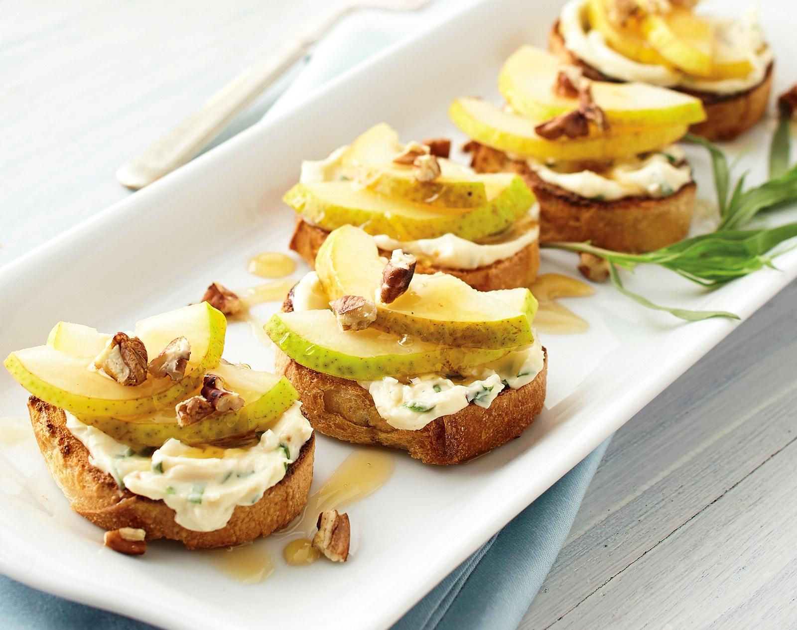 Brusketa me dardhë dhe arra