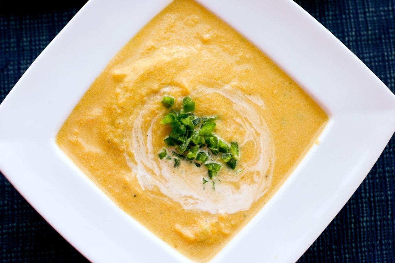 Supë verore me miell misri dhe kos