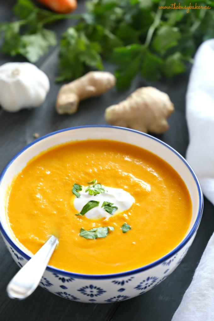 Supë me karota dhe xhinxher