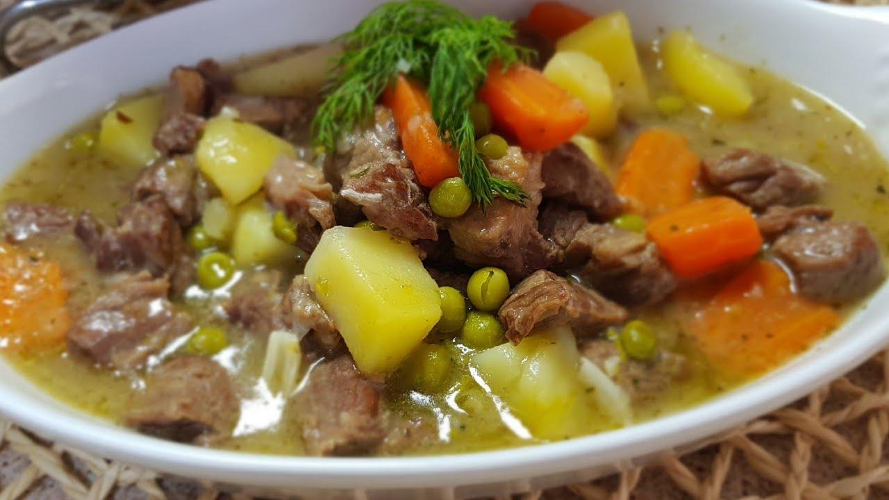 Gjellë me bizele, patate dhe karrota